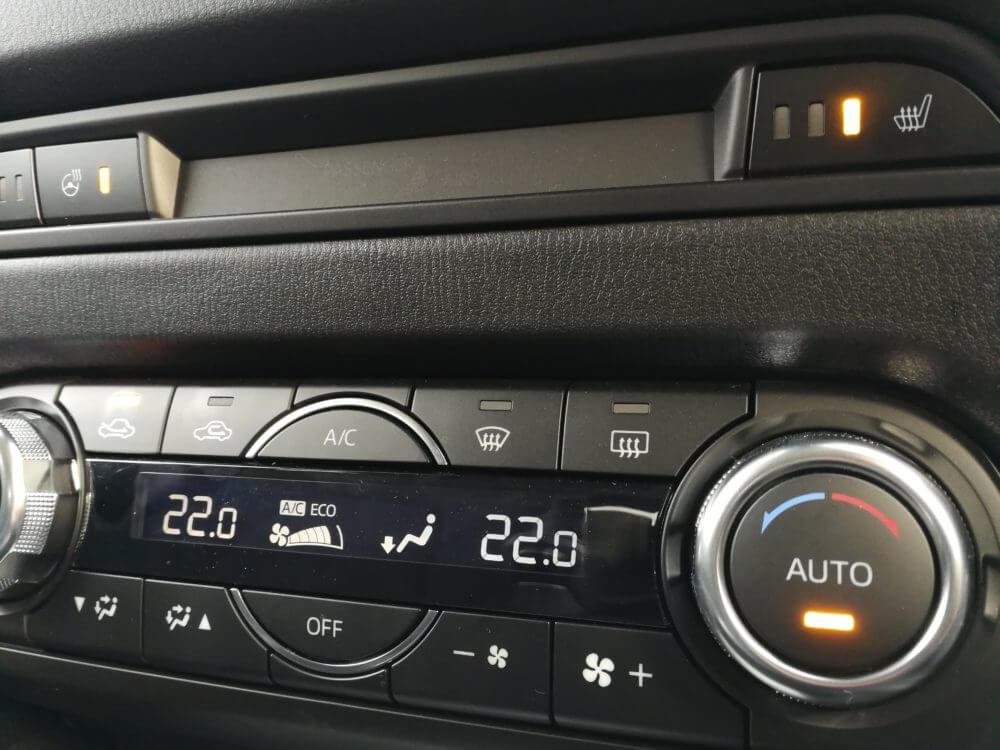 CX-5のシートヒーターとハンドルヒーターが快適すぎる!超絶おすすめオプションに決定!